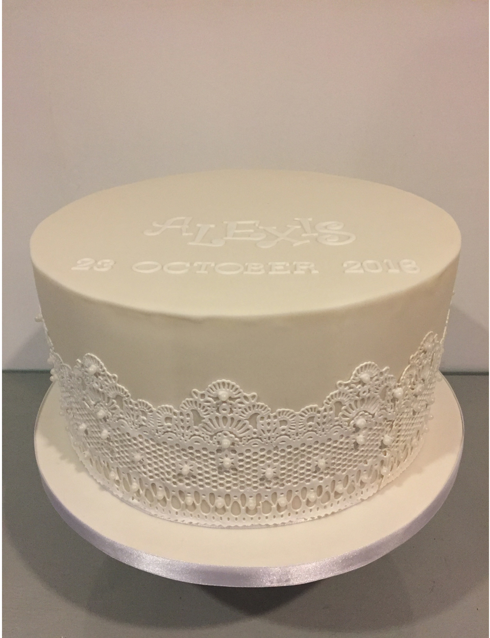 Dolce Lusso Cakes christening celebration cake