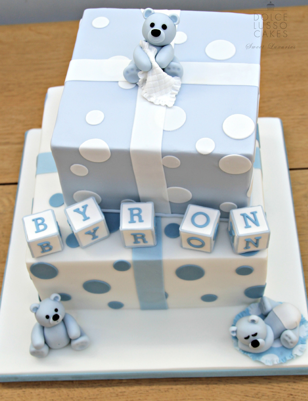 Dolce Lusso Cakes blue bear christening celebration cake