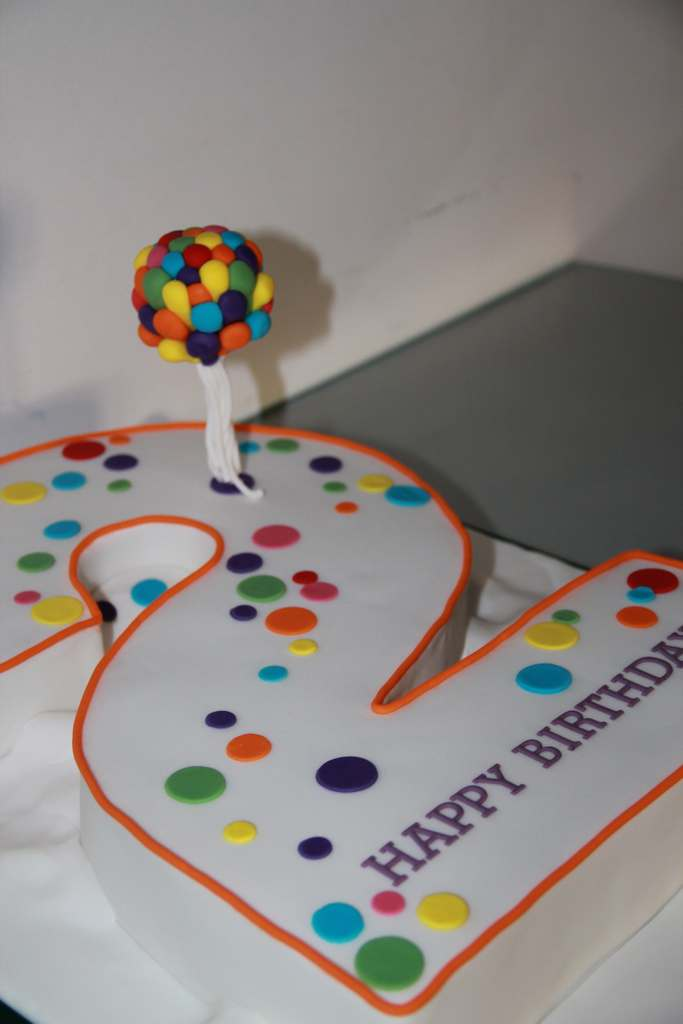 Dolce Lusso Cakes Number2 2 balloon birthday