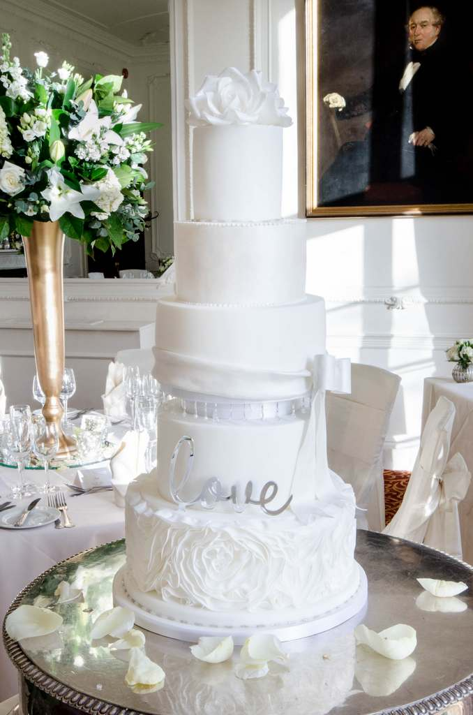 Dolce Lusso Cakes 5 tier wedding cake white ruffles love bow roses taplow luxury