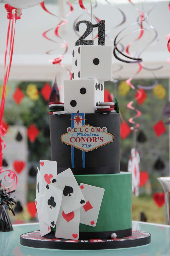 Dolce Lusso Cakes 21 Las Vegas Casino Dice Cards Roulette birthday celebration cake